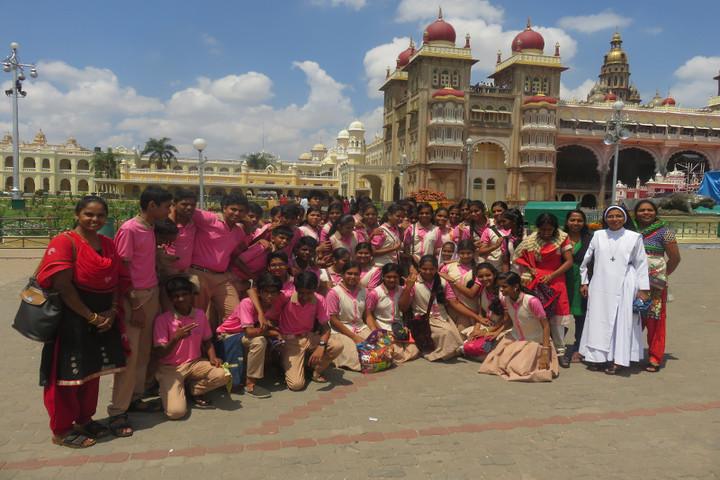 Jnanodaya Central School-Educational Tour