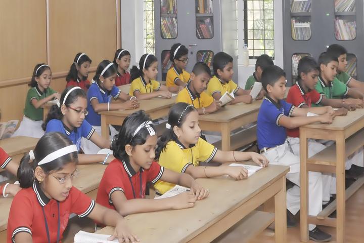 Infant Jesus Public School-Library