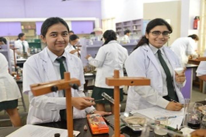 Bishop Cotton Girls School-Physiscs Lab