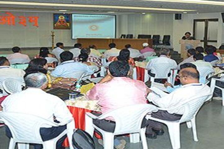 DAV Mukhyamantri Public School-Seminar