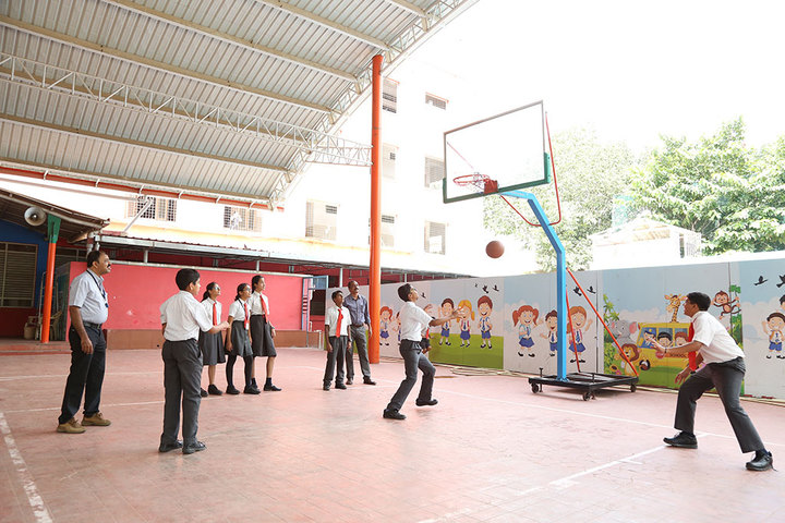 Clarence Public School-Basketball court