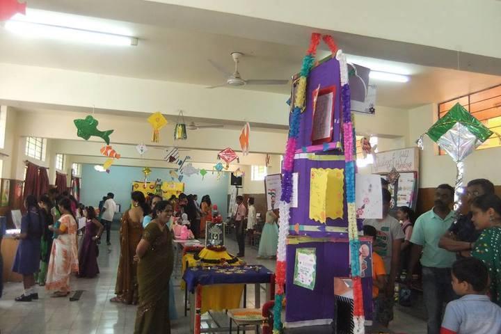 Dayananda Sagar International School-Art and Craft Exhibition