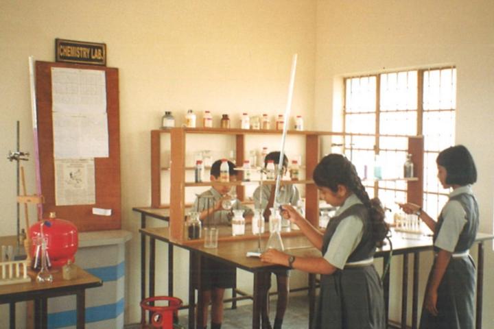 Sri Vani Public School-Chemistry Lab