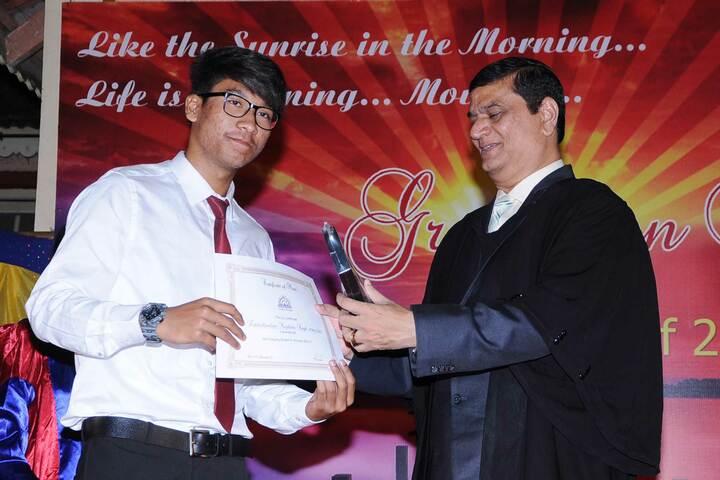 Mysore Public School-Certificate Distribution