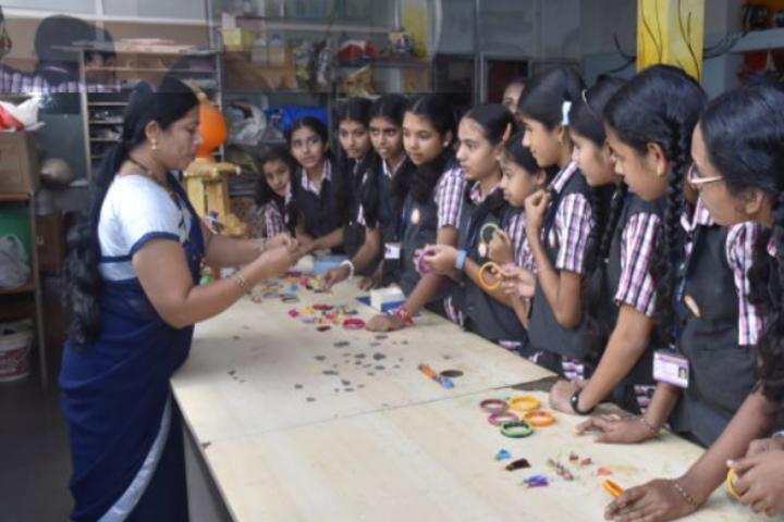 Sri Siddhi Vinayaka Residential School-Science Lab