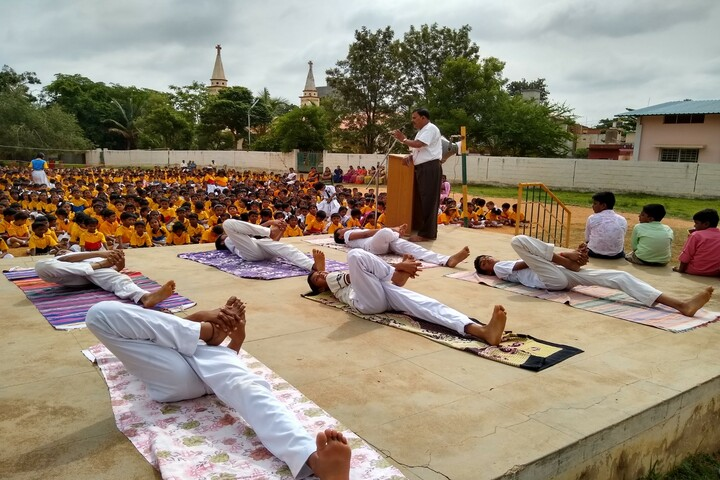 Bishop Sargant School-International Yoga Day