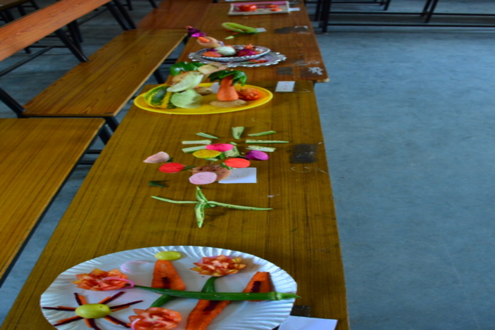 Bishop Sargant School-Vegetable Crafting