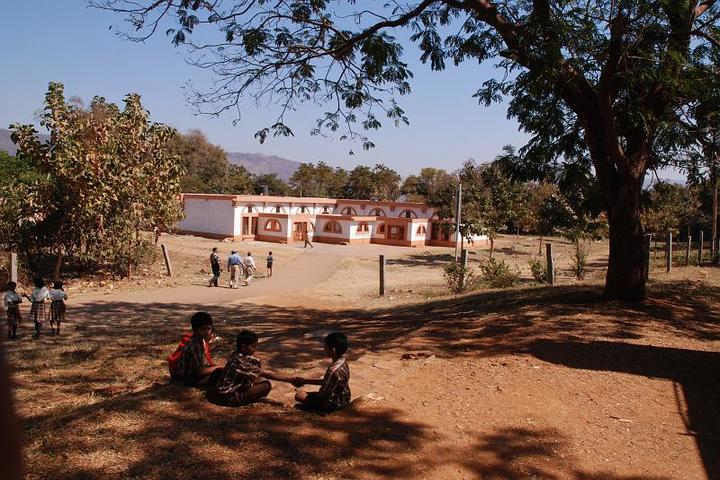 Sandur Residential School-Campus