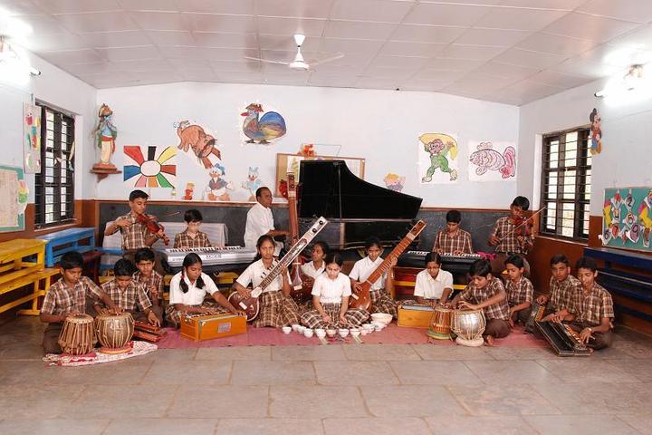 Sandur Residential School-Music Class
