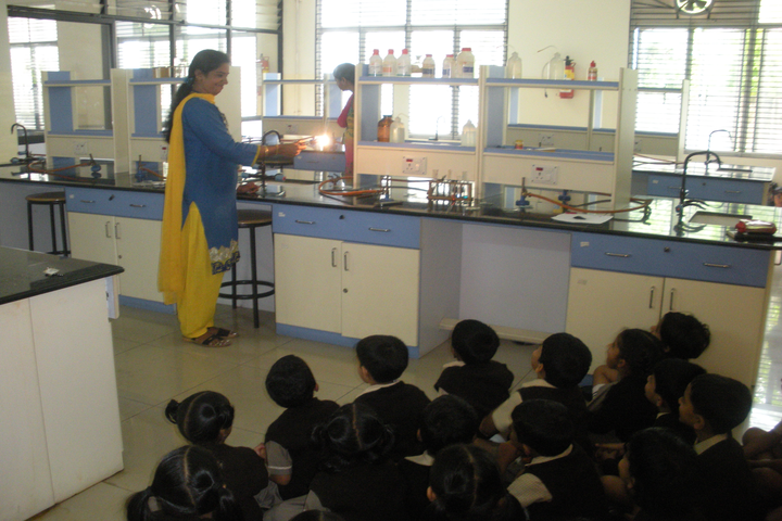 Appollo National Public School-Chemistry Lab