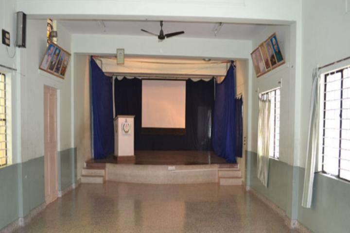 Auden School-Auditorium
