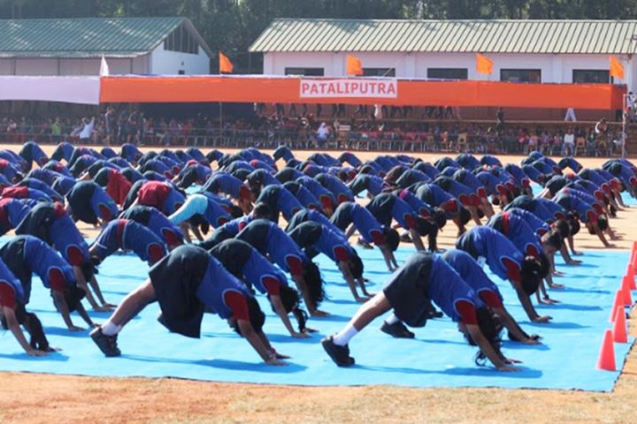 Vidyashilp Academy-Yoga