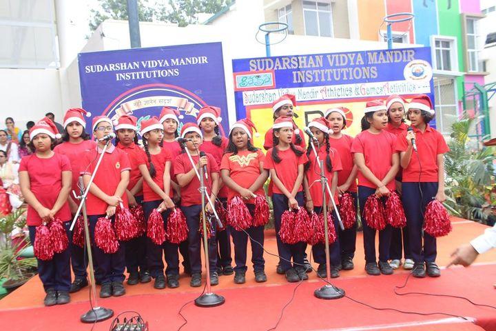 The Sudarshan Vidya Mandir-Singing