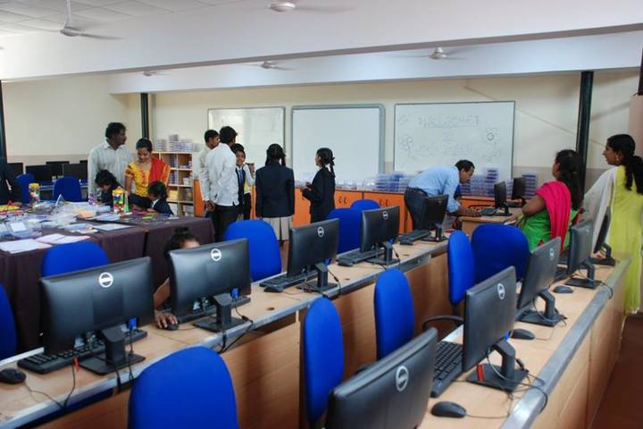 S S B International School-Computer Lab