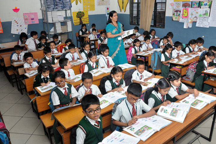 R N S Vidyaniketan-Classroom