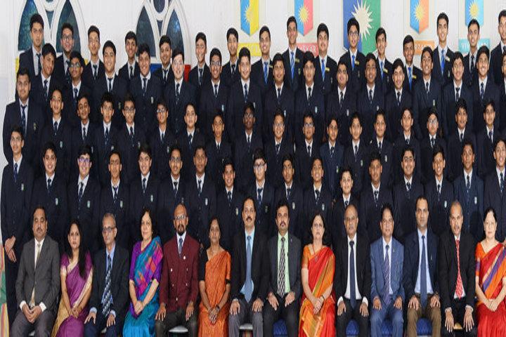 Sarala Birla Academy-Students with Teachers