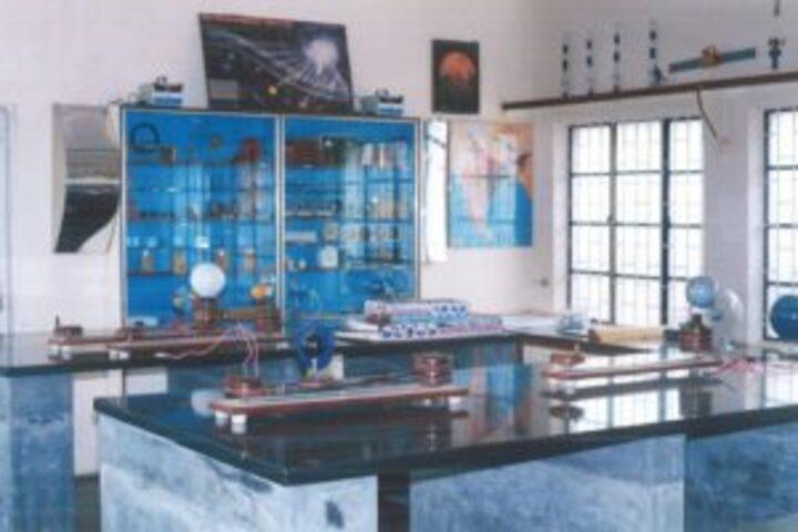 Sri Vani Education Centre-Physics Lab