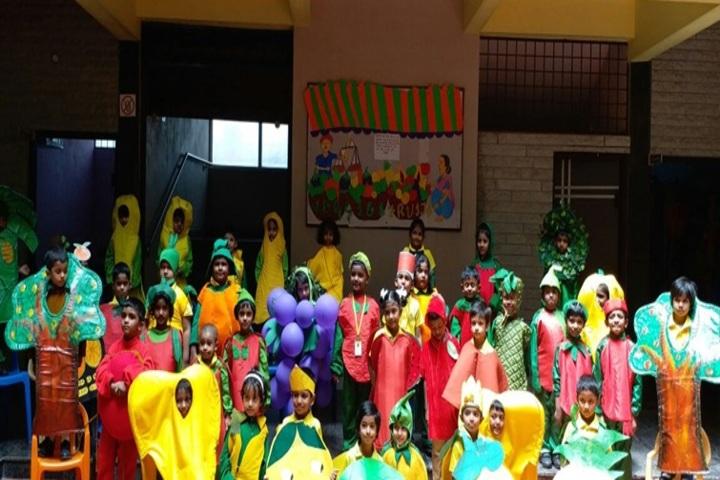 Patel Public School-Fruit Day