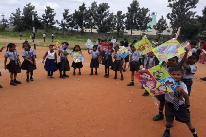 Adhyayan School-Kite Fest