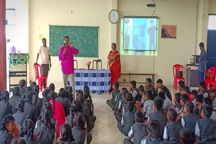 Adhyayan School-Smart Classroom