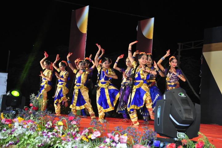 S F S Primary School-Dance