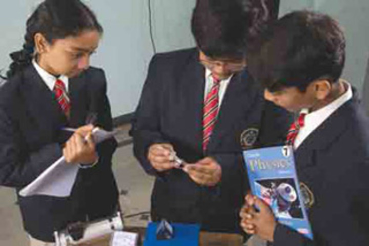 New Indus Valley Residential School-Physics Lab