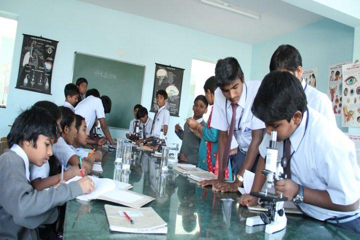 Federal Public School-Biology Lab