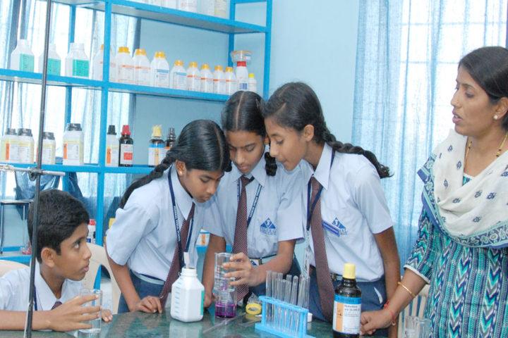 Federal Public School-Chemistry Lab