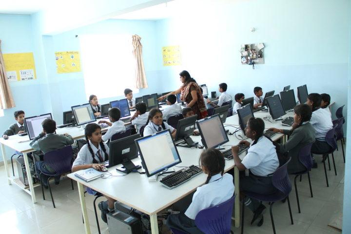 Federal Public School-Computer Lab