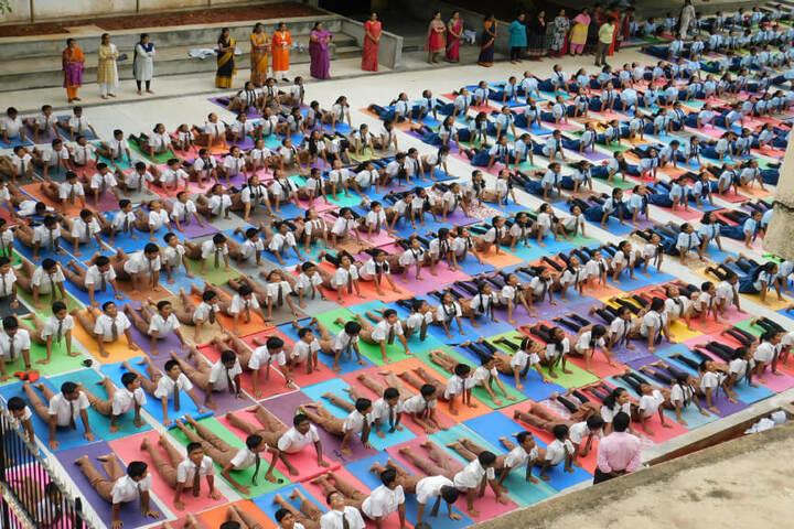 N E T Public School-Yoga Day