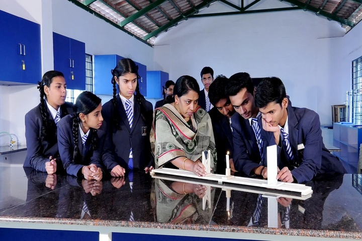 Aryan Presidency School-Science Lab