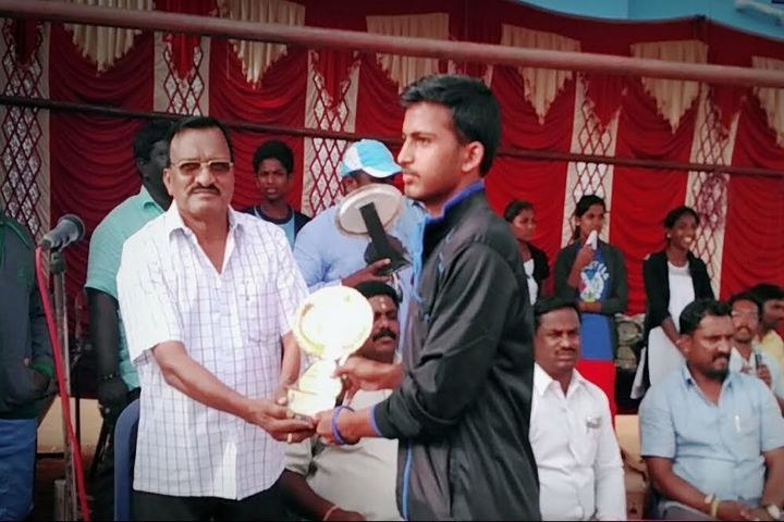 Tapovan School-Prize Distribution
