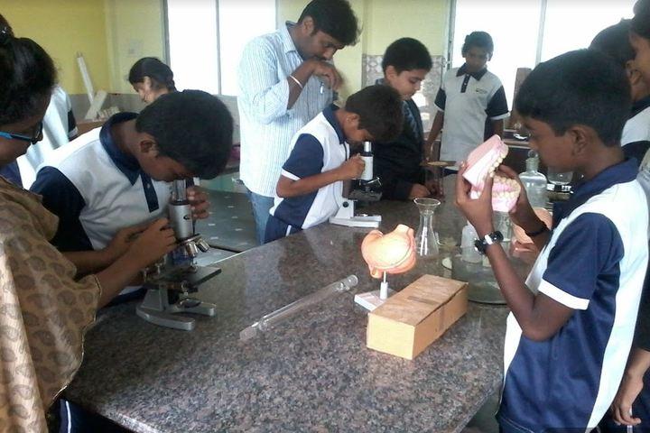 Sri Vivekananda International School-Biology Lab