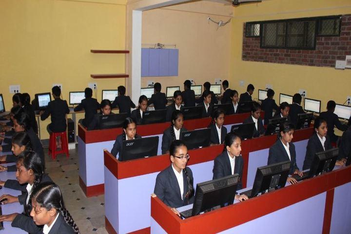 Aham Aathma Vidyalaya-Computer Lab