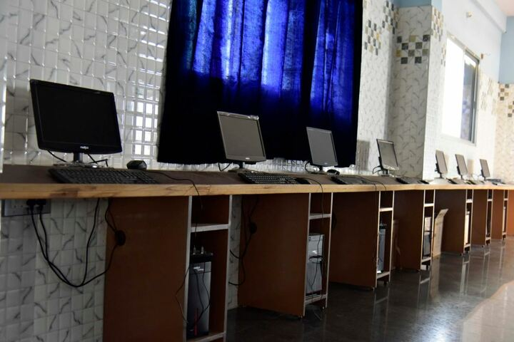 Twinkle United Public School-Computer Lab