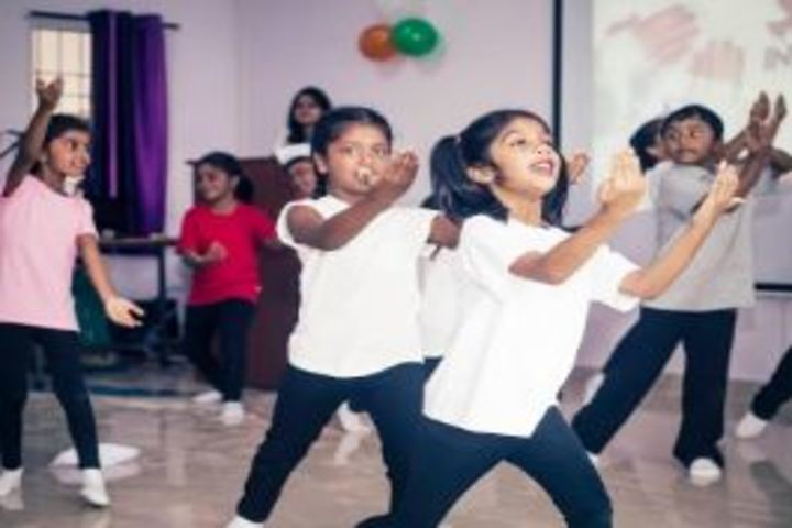 Kingston High Lower Primary School-Dance