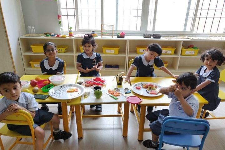 Kingston High Lower Primary School-Fruit Salad Day