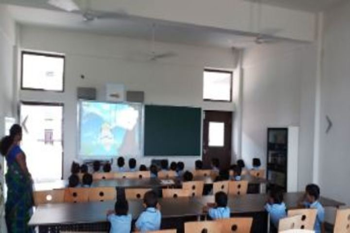Aryabhatta International Academy-Smart Classes