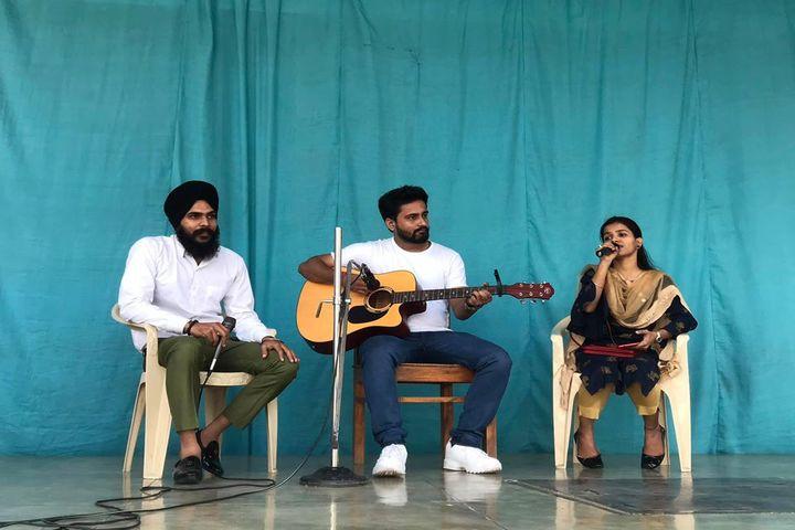 Holy Cross Ashram School-Music