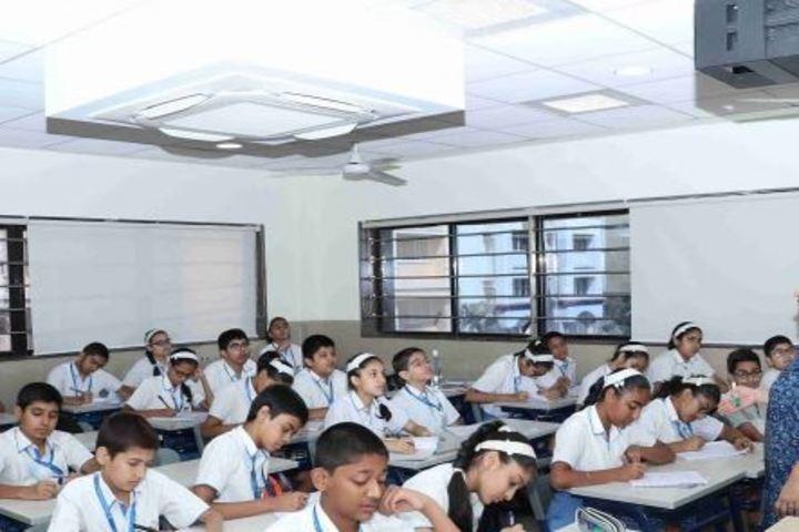 Arya Vidya Mandir-Class Room