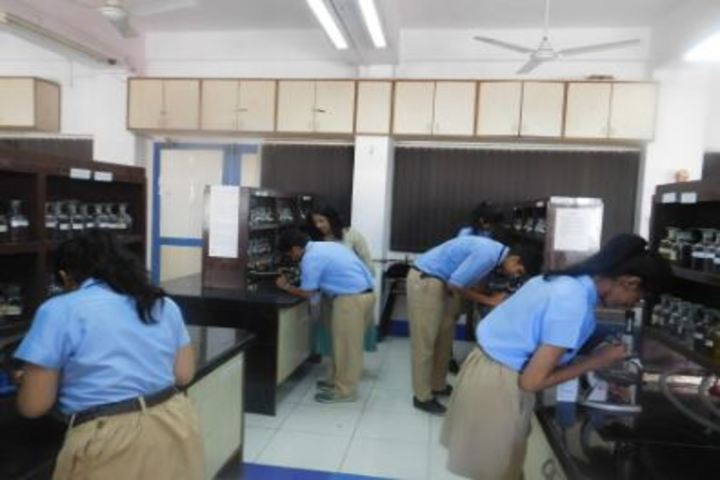Smt Lilavatibai Podar High School-Physics Lab