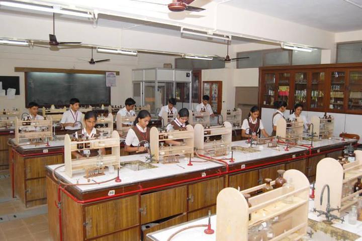 Smt. Sulochanadevi Singhania School-Chemistry Lab