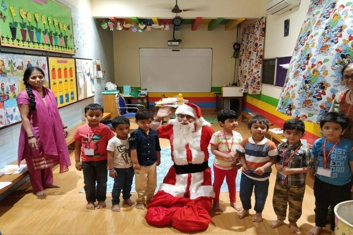 Marble Arch School-Christmas Day