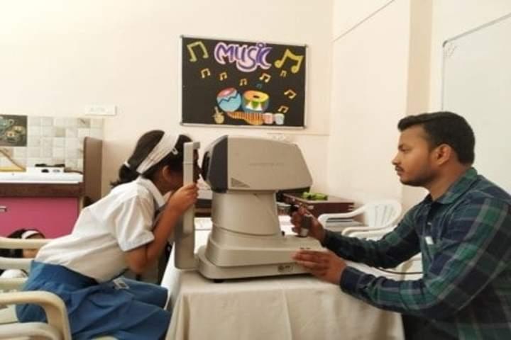 Smt Ramdevi Sobhraj Bajaj Arya Vidya Mandir-Eye Check Up