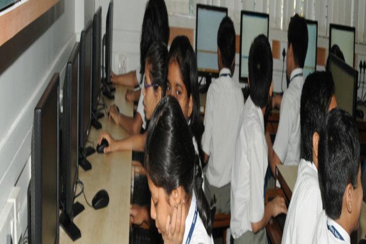 Bombay Scottish School-Computer Lab