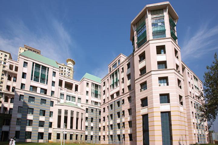 Hiranandani Foundation School-Campus