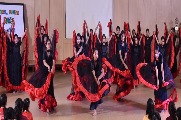 Hiranandani Foundation School-Dance