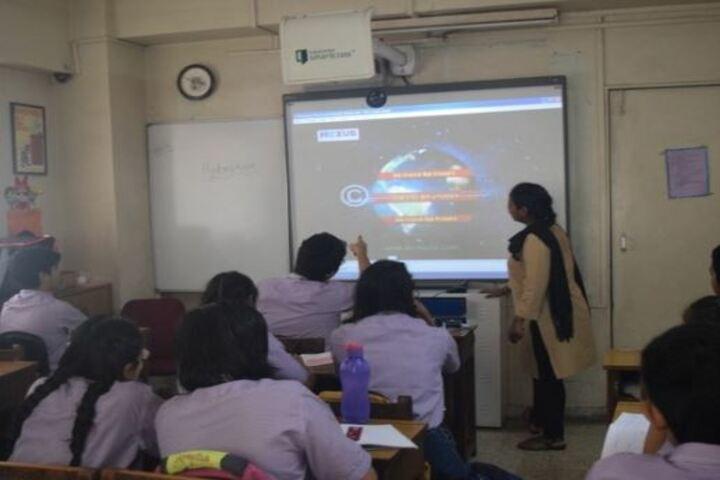 Beacon High School-Digital Classroom