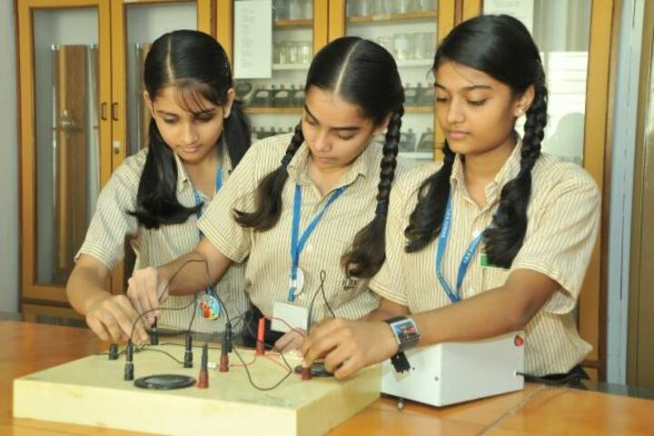 R B K School-Physics Lab