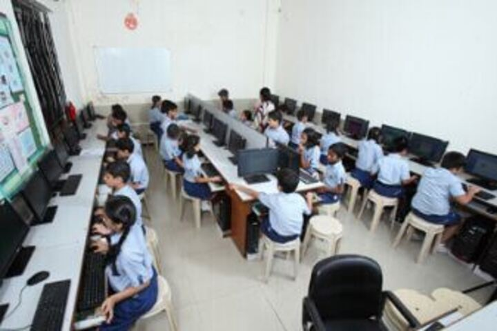 Lady Ratanbai And Sir Mathuradas Vissanji Academy-Computer Lab